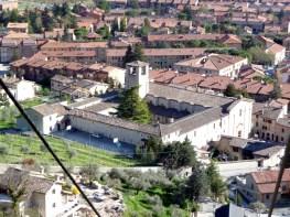 Gubbio vista do alto, Itália