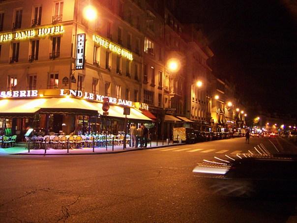 Hotel Notre-Dame, Paris Foto Dani Begood CCBY SA