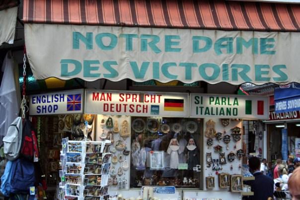 Lourdes, comércio religioso movimenta milhões de euros - Foto Christine und Hagen Graf CCBY
