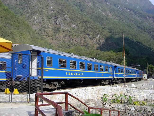 Trem que liga Cusco a Machu Picchu - Foto Manual do Turista