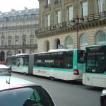 Ônibus, uma maneira econômica de conhecer Paris