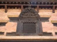 Janela entralhada em madeira, Bhaktapur