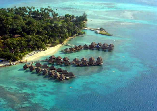Bangalows em Bora Bora,Tahiti, vista aérea