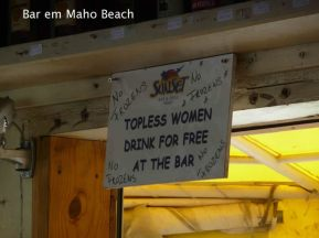 Bar em Maho Beach, Saint-Martin