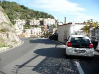 Maiori, na Costa Amalfitana, percorrida de carro