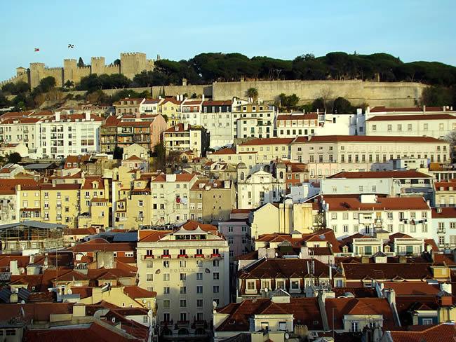Castelo medieval de São Jorge, em Lisboa, Portugal
