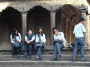 Estudantes em Durbar Square, Patan, Nepal