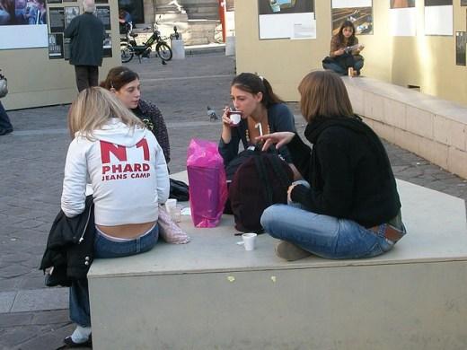 Estudantes no Quartier LatinFoto Amstlev - CC BY