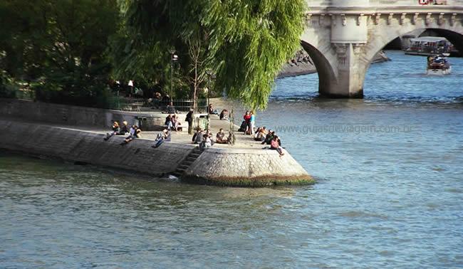 Ponta da île da la Cité, em Paris