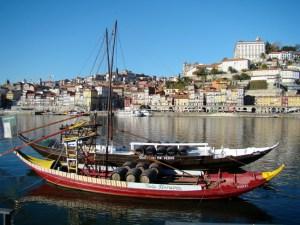 Cidade do Porto, barcas no Douro