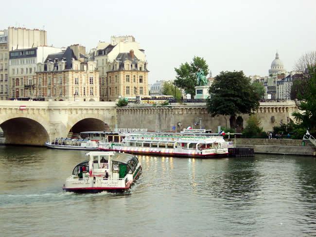 Square du Vert Galant, em Paris, France
