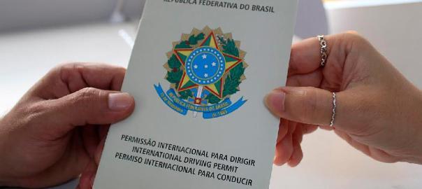 Documentos para viagem: Permissão Internacional para Dirigir