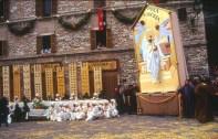 Festa do Calendimaggio, em Assis, Itália