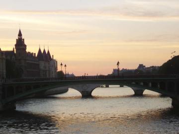 Rio Sena, em Paris, na França