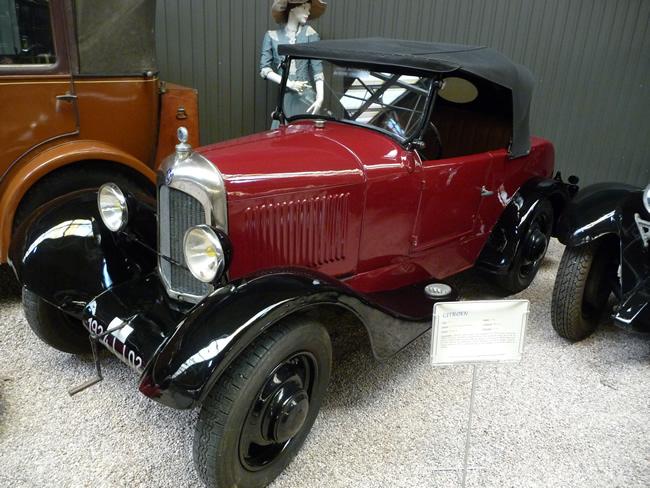 Carro antigo, Musée du l'Automobile, Reims, França