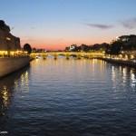 Paris ao anoitecer