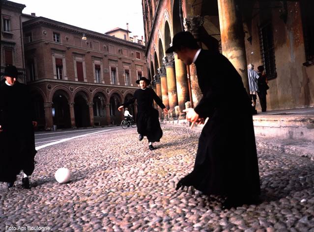 Padres, Bologna