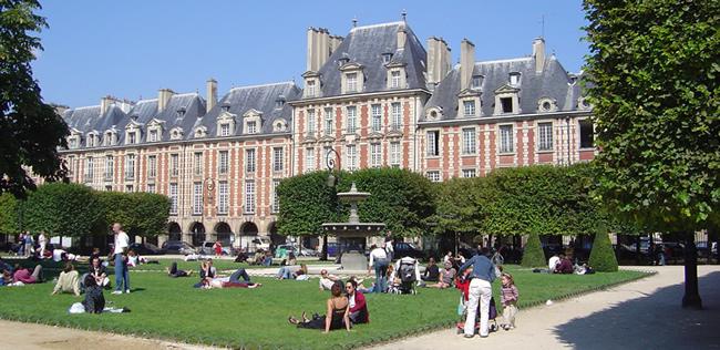 Place des Vosges, Marais, Paris
