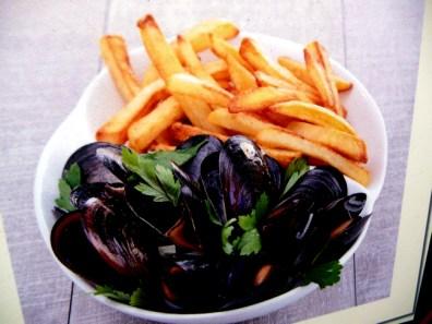 Saint-Malô, prato típico, mariscos com fritas