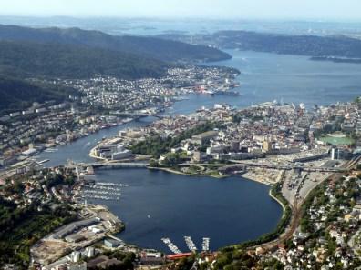 Bergen, Noruega, banca de alimentação no porto (21)