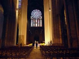 Interior da catedral de Chartres