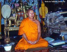 Monge budista em Chiang Mai
