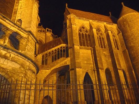 Catedral de Chartres, vista noturna