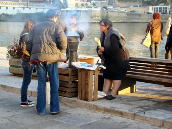 Vendedora de castanhas, Porto
