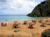 Banhista, praia em Fernando de Norohna - Foto Rosanetur CCBY