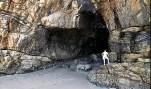 Ilha do Mel, PR entrada da gruta - Foto Fernando Dall Acqua - CCBY