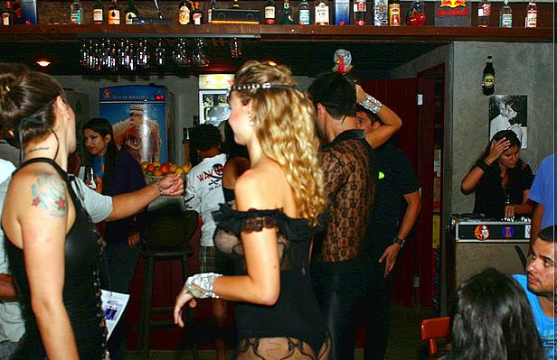 Bar em São Paulo - Foto Daniel Jagger Segundos CCBY
