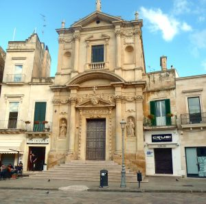 Lecce, dezenas de igrejas por todo o centro histórico