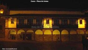Peru, Cusco, Plaza de Armas à noite