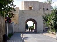 Porte de Jouy, Provins, França