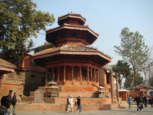 Templo com telhado incomum, Katmandu, Nepal