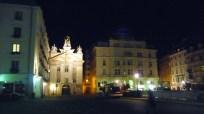 Praça em Viena à noite