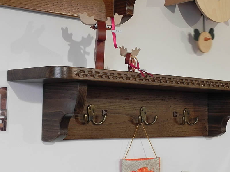 Mariposa – Craft Shelves In Sardinian Art From 90 To 105 Cm With 4 Double Hook