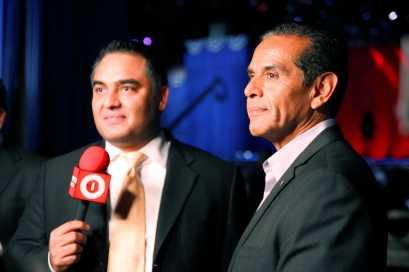 Vicente Serrano (Chicago) interviews Los Angeles Mayor, Antonio Villaraigosa after President Obama's re-election.
