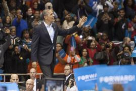 President Barack Obama waves to the audience before his speech on Sunday November 4, 2012 at the University of Cincinnati. Photo by Yazmin Martinez.