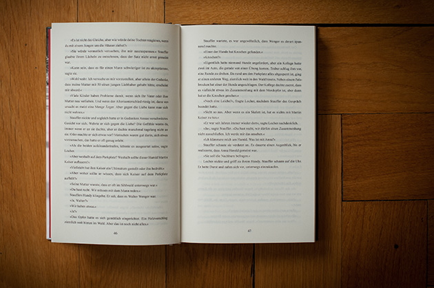 Buchgestaltung – Der schöne Tod, Doppelseite mit gewöhnlichem Lauftext