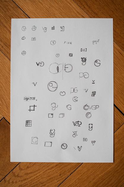 Logo-Design – einfache Recherche und Ideen-Skizzen