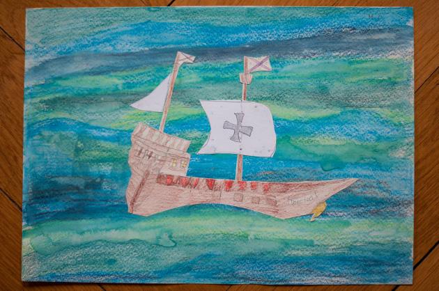 Kinderzeichung eines Schiffes mit dem Namen Dorotea