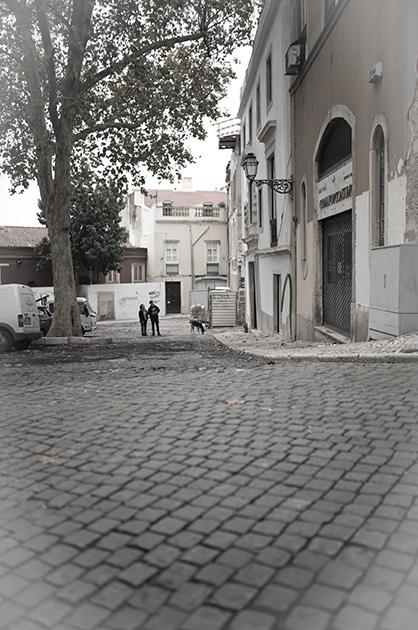 Lissabon, Fotografie von einem kleinen Platz in der Nähe des Castelos