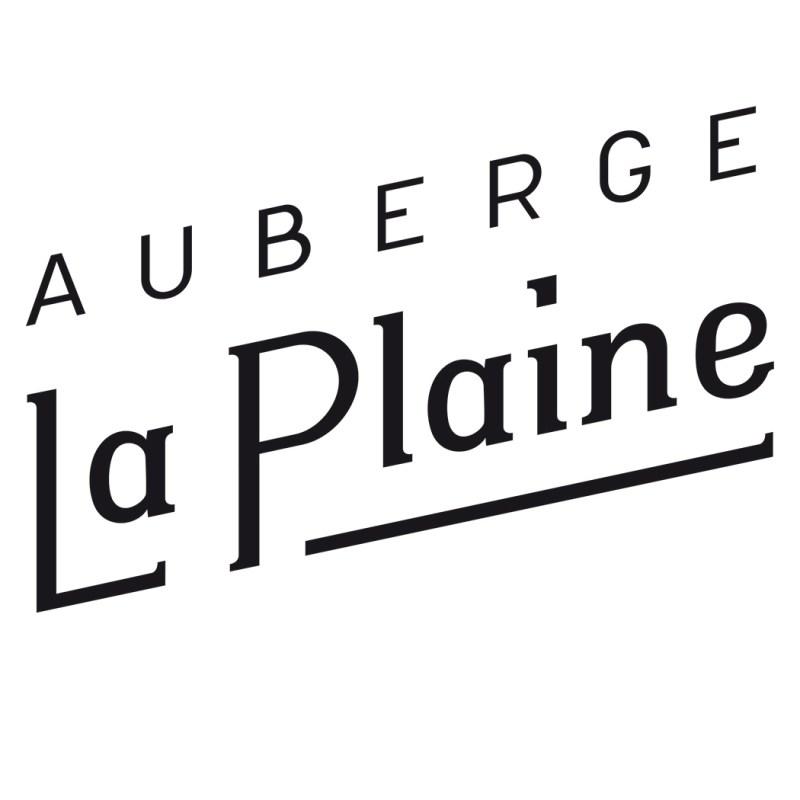 Grafik, Logo Auberge La Plaine. Ganzer Schriftzug.