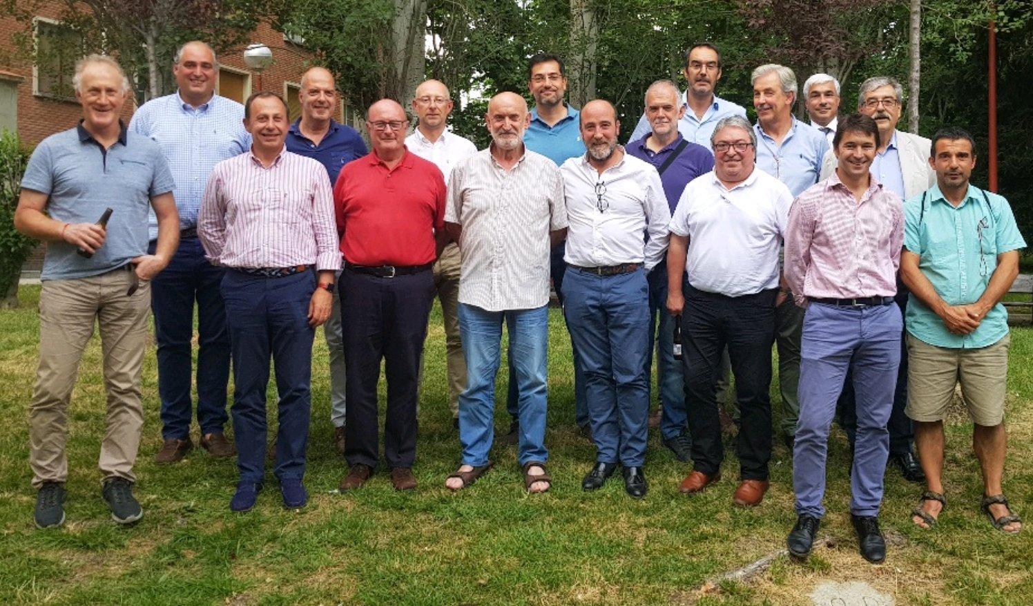 Imagen de la primera asamblea de la Liga Nacional de Rugby