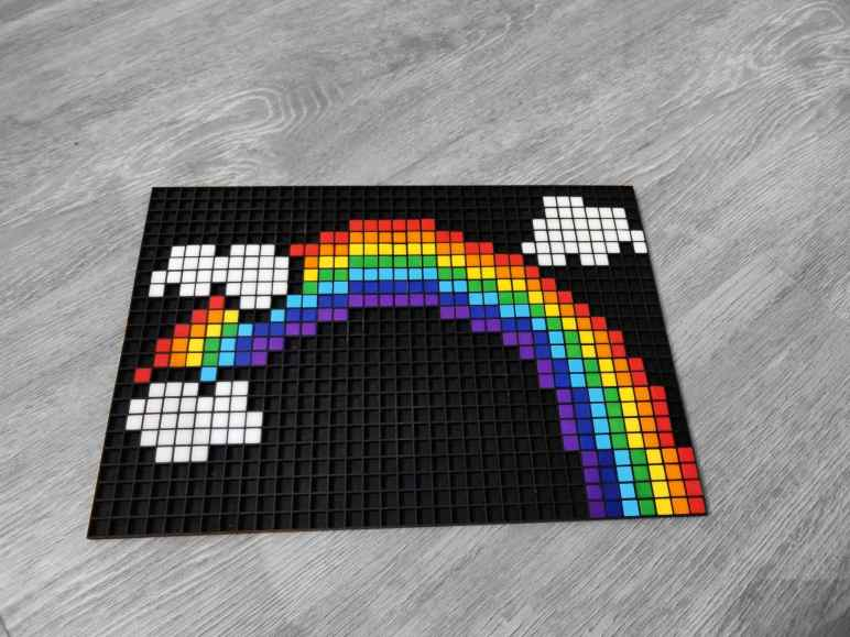 Arc en ciel pixel art photo 1