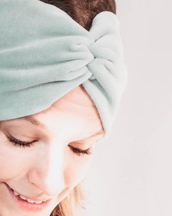 Nachhaltiges Stirnband RUFFLE MintBiobaumwolle handgefertigt in Deutschland Nicki 3 <ul> <li>Handgefertigt in Deutschland</li> <li>100% Baumwolle (Bio)</li> <li>vegan</li> </ul>