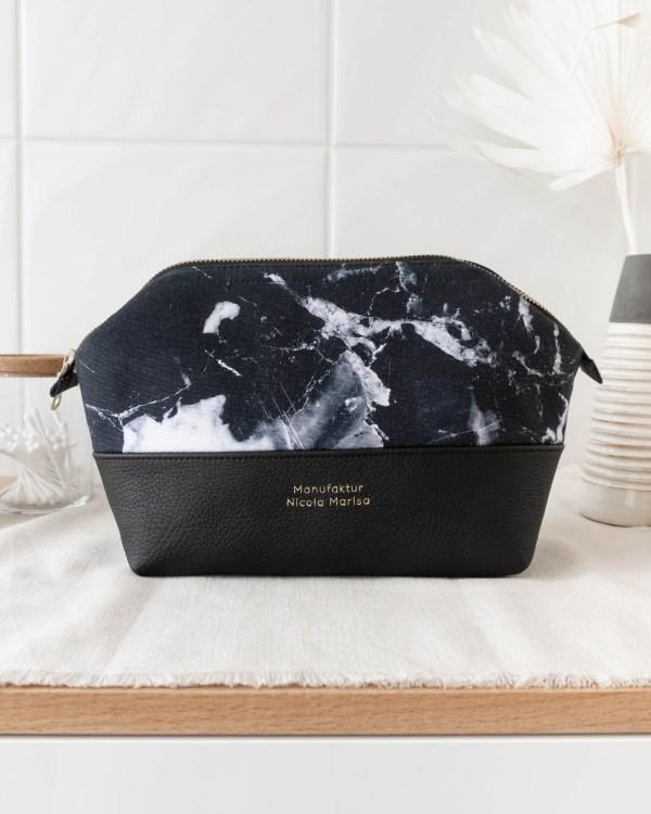 MARBLE DARK nachhaltige Kosmetiktasche M Made in Germany Handmade vegan leather