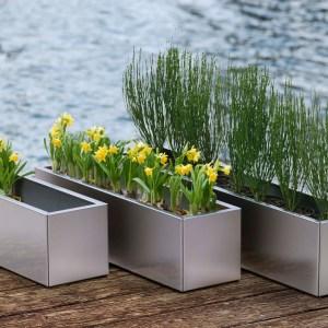 Blumenkasten aus Edelstahl