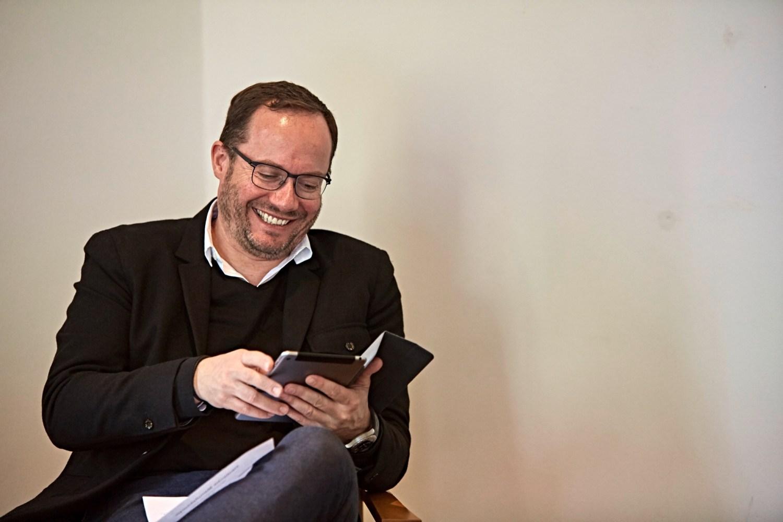 Manufakturen-Blog: Christopher Heinemann während der Jurysitzung zum Manufakturprodukt des Jahres 2017 (Foto: Marcus Meyer)